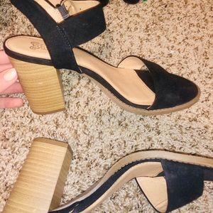 Shoes - Black heels / wedges